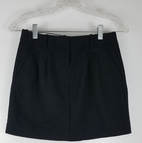 Old Navy Dresses & Skirts - Mini Skirt With Pockets Black